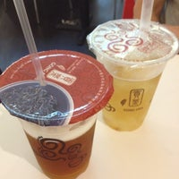 Photo taken at Gong Cha (貢茶) by M!N on 12/25/2011