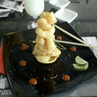Photo taken at Sushi Itto by Jay A. on 6/7/2012