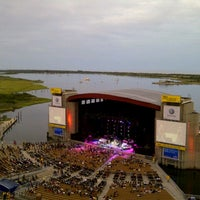Photo taken at Nikon at Jones Beach Theater by Waleska on 8/21/2012