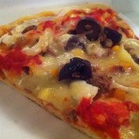 Photo taken at O Pedaço da Pizza by Mariana A. on 7/21/2012