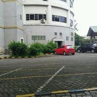 Photo taken at Universitas Esa Unggul by Lucky P. on 3/20/2012