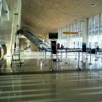 Photo taken at Aeropuerto Internacional El Tepual (PMC) by Anita F. on 3/10/2012
