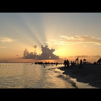 Photo taken at Isla Mujeres by cacao on 8/1/2012