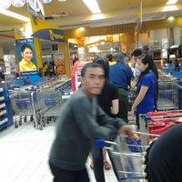 Photo taken at Hypermart by Sepasang Bangau L. on 5/8/2012