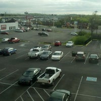Photo taken at Holiday Inn Express Nashville W I40/Whitebridge Rd by John P. on 3/23/2012