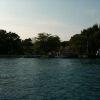 Photo taken at Pulau Karya by Adriani 🐳 S. on 10/11/2011