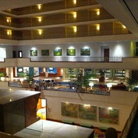 Photo taken at Renaissance Concourse Hotel by Robert M. on 8/31/2011