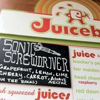 Photo taken at Soup Peddler Real Food & Juice Bar by Anna M. on 1/24/2012