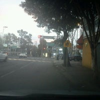 Photo taken at Av. División del Norte by Mauricio V. on 2/16/2012