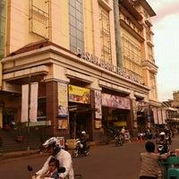 Photo taken at Pasar Baru Trade Center by Iwan W. on 1/29/2012