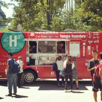 Photo taken at Hungry Hungry Husky - Snell Quad by Dan F. on 7/10/2012