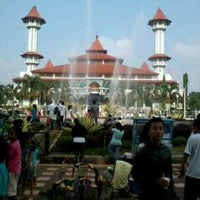 Photo taken at Alun - Alun Cianjur by K 4 N Y on 11/27/2011
