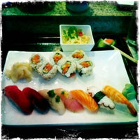 Photo taken at Sushi Yuzu by gracefullyhappy on 12/19/2011