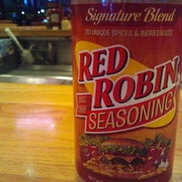 Photo taken at Red Robin Gourmet Burgers by Branden L. on 12/21/2011
