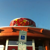 Photo taken at Red Robin Gourmet Burgers by Tony H. on 6/26/2012