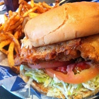 Photo taken at Pappas Burger by Allen A. on 6/22/2011