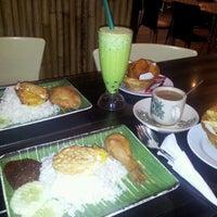 Photo taken at Kim Leng Cafe by Redhuan O. on 1/16/2012