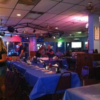 Photo taken at Blue's House of Wings by Marie E. on 8/6/2011
