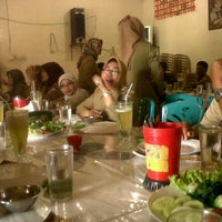 Photo taken at Rumah Makan SABAR by Vheny S. on 1/18/2012