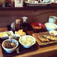 Photo taken at Norikonoko Japanese Restaurant by Lindsay P. on 8/27/2012