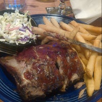 Photo taken at Quaker Steak & Lube® by Trina Beana on 8/19/2012
