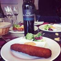 Photo taken at Bistro vinos Suiza by Santi C. on 1/26/2012