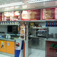 Photo taken at Pizza Maxx Büron by Peter D. on 12/8/2011