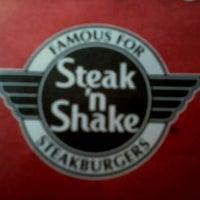 Photo taken at Steak 'n Shake by Jason R. on 1/7/2012