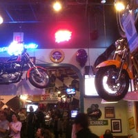 Photo taken at Quaker Steak & Lube by Uf T. on 3/16/2011