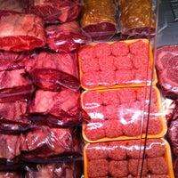 Photo taken at Özgür Şef Steakhouse by Ragıp o. on 3/4/2012