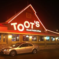 Photo taken at Toot's Good Food & Fun by JB F. on 2/24/2011