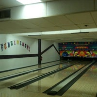 Photo taken at Funtime Bowl by Robin M. on 10/28/2011