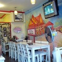 Photo taken at Krua Hua Hin by Akimoto P. on 8/2/2012