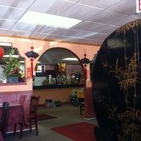 Photo taken at Oriental Express by Shondria V. on 6/17/2012