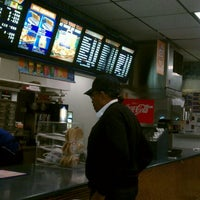 Photo taken at White Castle by Jazzy on 9/27/2011