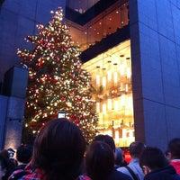 Photo taken at 山野楽器 銀座本店 by Takeshi F. on 11/12/2011