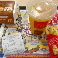 Photo taken at McDonald's by Ricardo A. on 7/18/2012