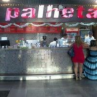 Photo taken at Cafeteria Palheta by Márcio T. Suzaki 洲. on 12/8/2011