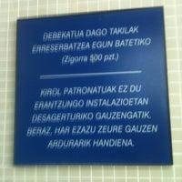 Photo taken at Piscinas Burlada by Fran P. on 5/9/2012