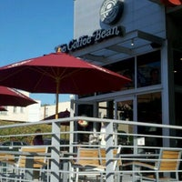 Photo taken at The Coffee Bean & Tea Leaf by Weston R. on 10/29/2011