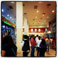Photo prise au Golden Screen Cinemas (GSC) par Habib J. le5/27/2012