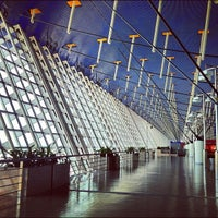 Photo taken at Shanghai Pudong International Airport (PVG) by Loocor on 8/12/2012