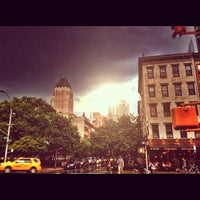 Photo taken at Hell's Kitchen by Fernando B. on 8/18/2012