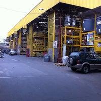 Photo taken at Homecenter Sodimac by Leonardo N. on 9/23/2011