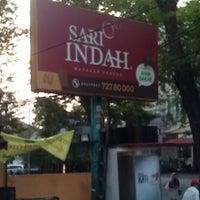 Photo taken at Sari Indah Restoran by Alfas A. on 7/30/2012