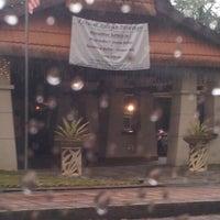 Photo taken at Restoran Nelayan by alongazza on 8/14/2012