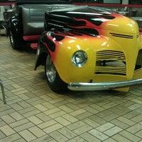 Photo taken at Burger King® by Gina J. on 5/10/2012