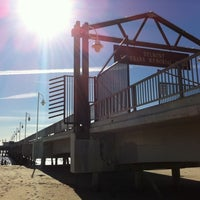 Photo taken at Belmont Veterans Memorial Pier by Johnny B A. on 12/30/2010