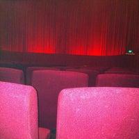 12/10/2011 tarihinde Scott P.ziyaretçi tarafından Balmoral Cineplex'de çekilen fotoğraf