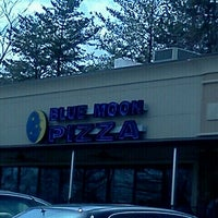 Photo taken at Blue Moon Pizza by Robin S. on 3/8/2012